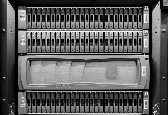 Storage black/white